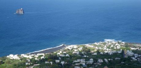 Panorama salendo in vetta - Punta Lena, la spiaggia di Ficogrande, Strombolicchio