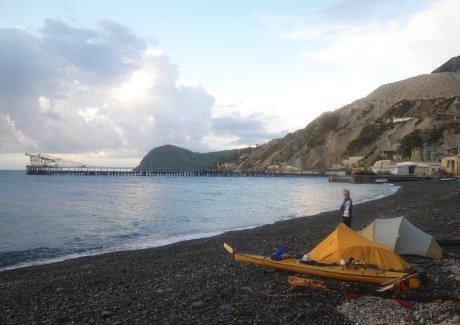 Il campo sulla spiaggia di Porticello