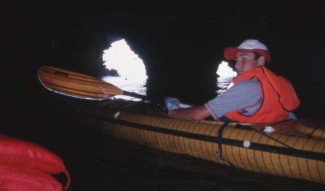 nelle grotte della baia di Uluzzo
