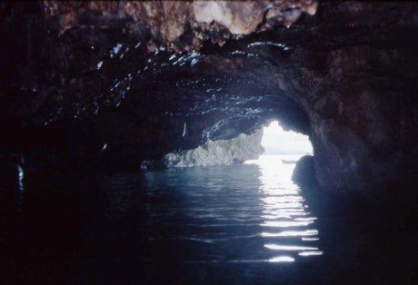 """la terza porta della """"Grotta delle tre porte"""""""