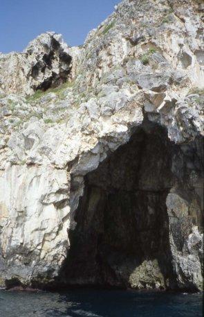 grotta di levante