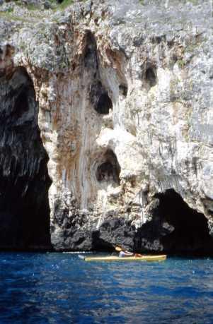 grotta Pizzimafaru - vicino alle Mannute