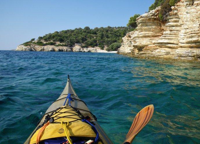 Cp - Isola di Kastos (16) - Versante orientale
