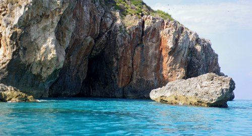 costa nord occidentale di Lefkada - a nord di Kathisma