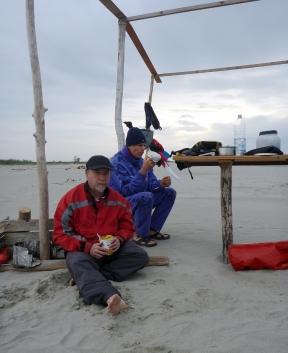 cena sulla spiaggia dello Scanno del Burcio